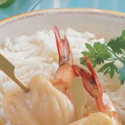 Fish and Shrimps Rolls with Green Curry Sauce