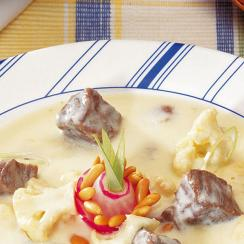 Meat and Yoghurt Stew with Cauliflower